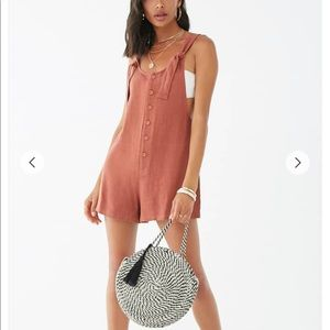 Forever 21 Other - NWOT Forever21 flowy romper - size small